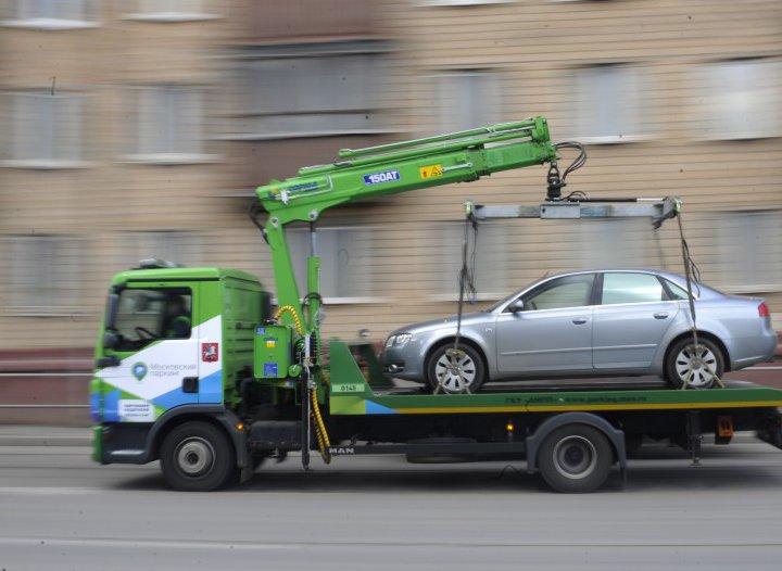 Как забрать машину со штрафстоянки без документов на